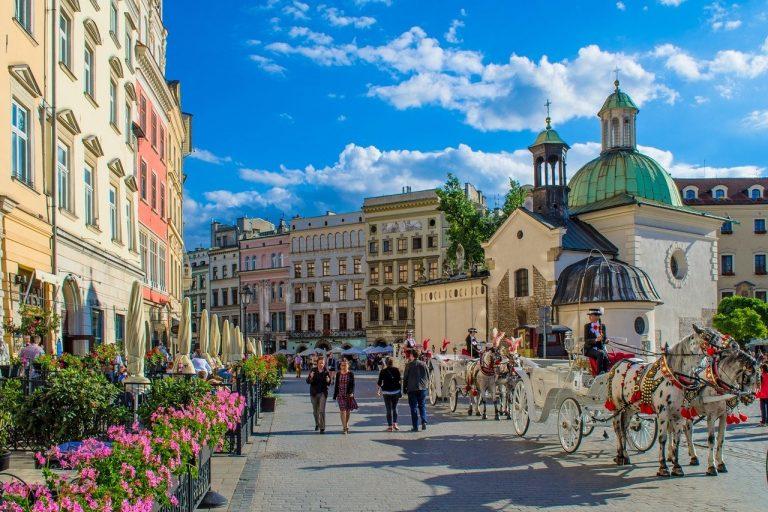 Jak podróżujemy po Polsce?