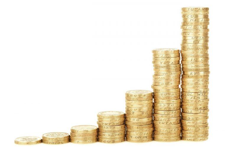 Co to są pożyczki i czym jest rolowanie?